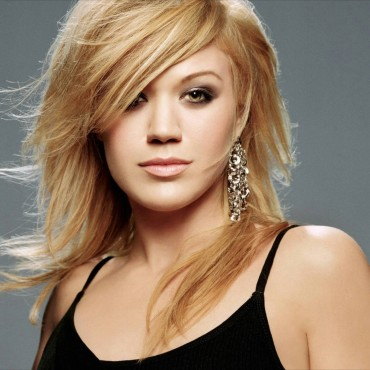 Kelly_Clarkson