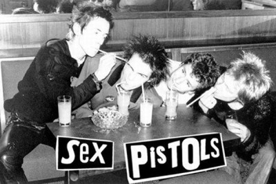 vintage_sex_pistols_music_poster_sid_vicious_johnny_rotten_black_and_white_straws_1_large