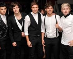 One Direction Cracker Salesmen