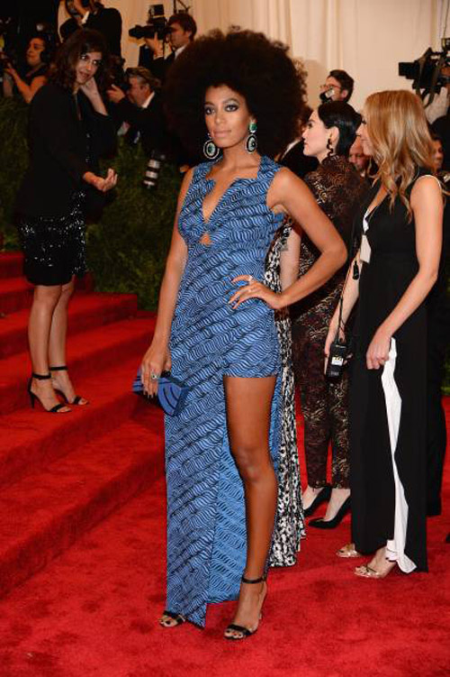 Solange Knowles: I feel like I'm repeating myself here when I say that this is not punk. BUT, Solange manages one of the most successfully daring looks in the room, and looks like a modern-day Foxxy Cleopatra, so I'm going to give this one to her.