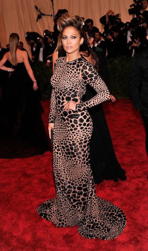 Jennifer Lopez: once again, love the dress, NOT PUNK THOUGH.