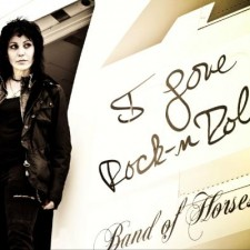 Joan Jett Suing Hot Topic Over…Lingerie?!